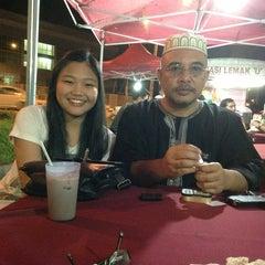 Photo taken at Nasi Lemak 'u' by Rosman on 12/20/2012