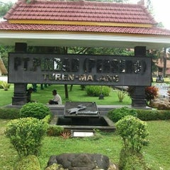 Photo taken at Divisi Munisi PT. PINDAD (Persero) by Masturin A. on 11/26/2012