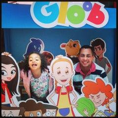 Photo taken at Barra Kids by Carlos Vinícius S. on 7/25/2015