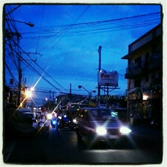 Photo taken at Pandacan linear park by KhenneLy H. on 12/21/2012