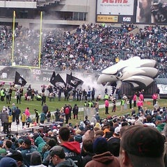 Photo taken at Lincoln Financial Field by Stephanie W. on 10/28/2012