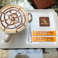 Photo taken at Gramofon Cafe & Bistro by Ufuk on 5/19/2013