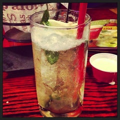 Photo taken at Red Robin Gourmet Burgers by Prience M. on 12/16/2012