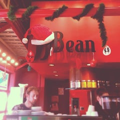Photo taken at JJ Bean by Joyce L. on 12/6/2013