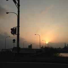 Photo taken at 滝尾橋 by Kotobuki F. on 3/10/2013