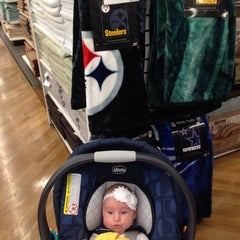 Photo taken at Bed Bath & Beyond by Colleen on 3/23/2014