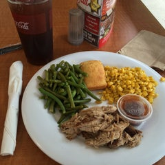 Photo taken at Boston Market by Jeff on 5/4/2015