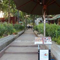 Photo taken at Ley Cafe' Pranburi เล คาเฟ่ ปราณบุรี by 💞🍭🍫🍒Ying😎💑💕 on 10/24/2015