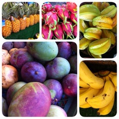 Photo taken at Kahuku Land Farms Fruit Stand by Scott K. on 9/8/2014