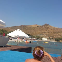 Photo taken at Mio Bianco Beach Club by ebru s. on 6/28/2013