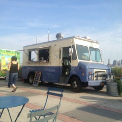 Photo taken at Nauti Mobile - Luke's Lobster Truck by Michael P. on 8/17/2013