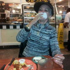 Photo taken at Golden Corral by Jesse C. on 8/16/2013
