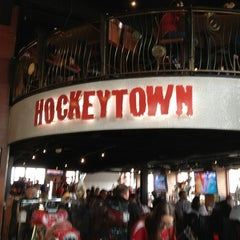 Photo taken at Hockeytown Cafe by Michelle on 3/10/2013
