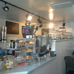 Photo taken at Juice 'n Java by Lacey O. on 9/26/2012