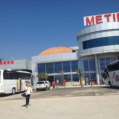 Photo taken at Metin Dinlenme Tesisleri by Çağla B. on 4/13/2013