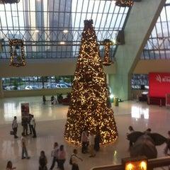 Photo taken at Shopping Eldorado by Jeff on 12/5/2012