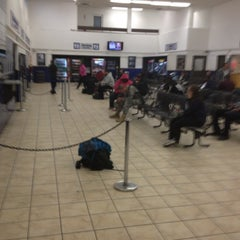 Photo taken at Greyhound Bus Lines by Jibreel R. on 11/13/2012