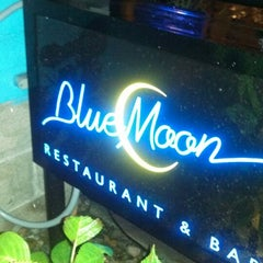 Photo taken at Blue Moon by Jerome S. on 9/22/2013
