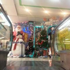 Photo taken at Jaya Hypermart by Suzuki H. on 12/24/2013