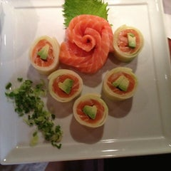 Photo taken at Iroha Sushi of Tokyo by Elizabeth on 6/8/2013