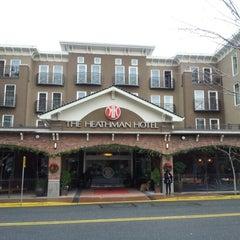 Photo taken at The Heathman Hotel Kirkland by Evelyn V. on 12/29/2012