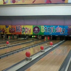 Photo taken at Spincity Bowling Alley by Aranya D. on 5/24/2014