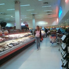 Photo taken at Tienda Inglesa by Federico C. on 10/31/2012