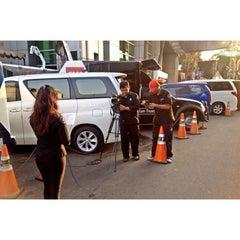 Photo taken at PT. Televisi Transformasi Indonesia (Trans TV & TRANS7) by Melati T. on 7/27/2015