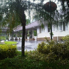 Photo taken at Istana Kepresidenan Cipanas by Donie S. on 3/27/2014