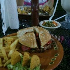 Photo taken at Benji's Burger by Nahim K. on 8/16/2014
