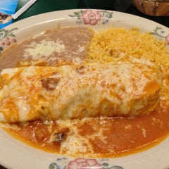 Photo taken at 3 Margaritas Family Mexican Restaurant by Dav on 2/9/2013