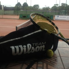 Photo taken at Academia de tenis Tenisport by Antonio N. on 1/4/2013
