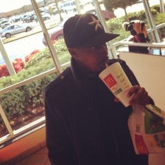 Photo taken at McDonald's by Kai L. on 12/11/2013
