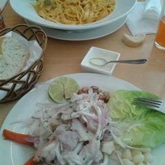 Photo taken at Restaurant De los Reyes by Pamela C. on 9/22/2015