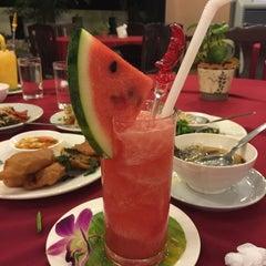 Photo taken at BaanKlangAow Beach Resort by นู๋น้อยใจดี บ. on 10/29/2015