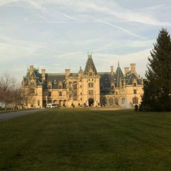 Photo taken at Biltmore Estate Main Gate by Kathie M. on 12/2/2012
