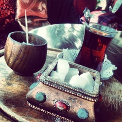 Photo taken at Arabian Taverna by Mite K. on 3/23/2013