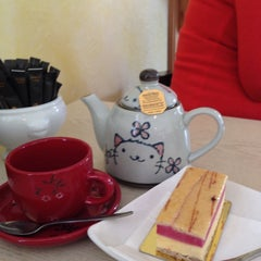 Photo taken at Au Matin Calme Patisserie by Anne C. on 11/20/2013