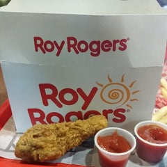 Photo taken at Roy Rogers / Nathan's by Nihal M. on 4/22/2014