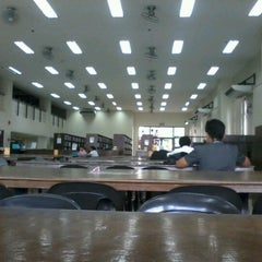 Photo taken at Our Lady of Fatima University by Mark Jerome A. on 9/24/2012