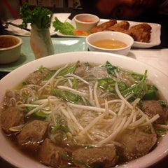 Photo taken at Pho Dong by Kriselle L. on 12/13/2014