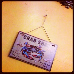 Photo taken at The Original Crab House by Calvin L. on 2/1/2013