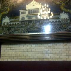 Photo taken at Stasiun Cirebon Kejaksan by Steffanus P. on 11/16/2012