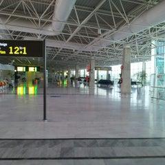 Photo taken at Aeropuerto de Fuerteventura (FUE) by Pierre G. on 2/3/2013