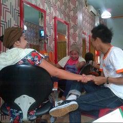 Photo taken at Fendri Salon by Dian W. on 11/12/2012