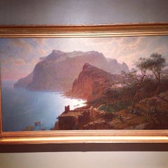 Photo taken at High Museum of Art by Matthew on 1/15/2013
