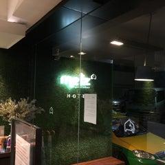 Photo taken at Metz Pratunam Hotel by Tịt on 5/21/2015