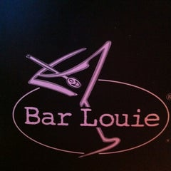 Photo taken at Bar Louie Easton by Chris on 2/15/2013