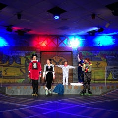 Photo taken at Fort Lauderdale Children's Theatre by Brett C. on 10/25/2013