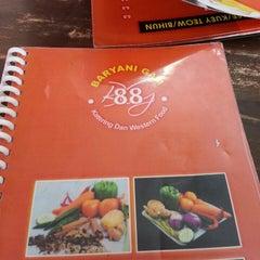 Photo taken at BARYANI GAM 88 - Katering & Western Food by Nanem . on 8/12/2013